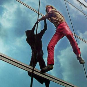 Alain Robert Spiderman climb tower in Jakarta Indonesia Alain escalade un gratte ciel en Indonesie