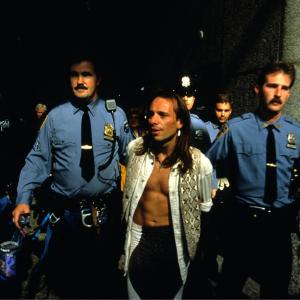 New York after descend of Calico building Alain Robert get arresting by NYPD