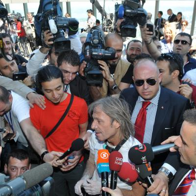 Alain Robert French Spiderman climber celebrity press media sport