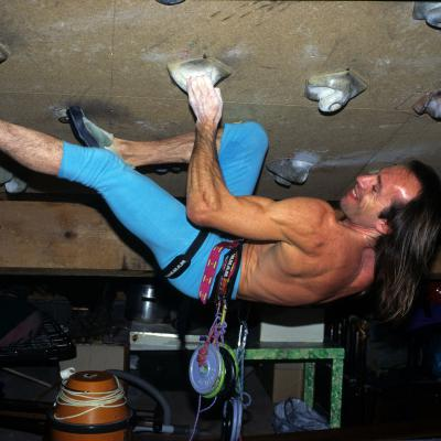 Spiderman Alain Robert training climbing entrainement escalade